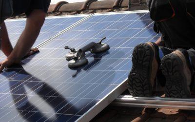 Eerste hulp bij uw dilemma: zonnepanelen voor de kleinste prijs of met het hoogste rendement?